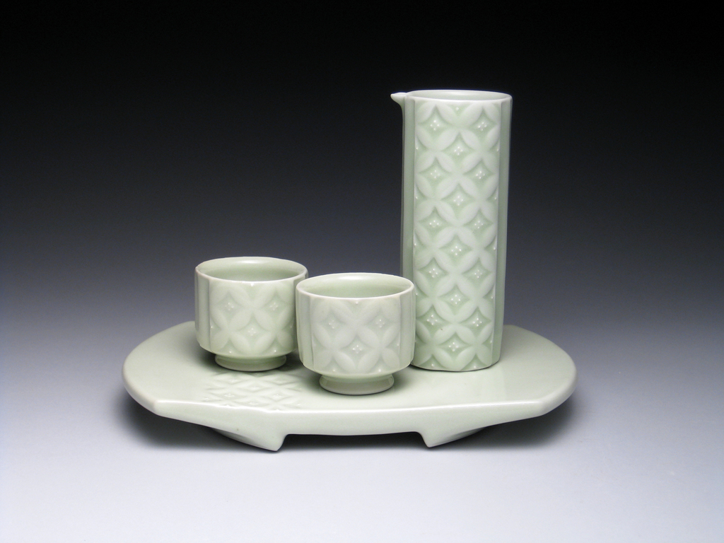 Yoshi Fujii S Ornate Celadon Pottery Inspired By Japanese